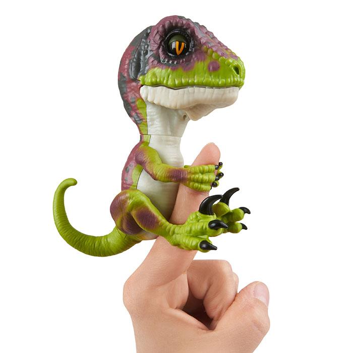 Fingerlings Untamed Dino Velociraptor Fingerlings