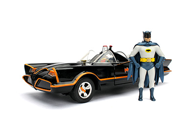 Batman 1966 Batmobile with Figure 1:24